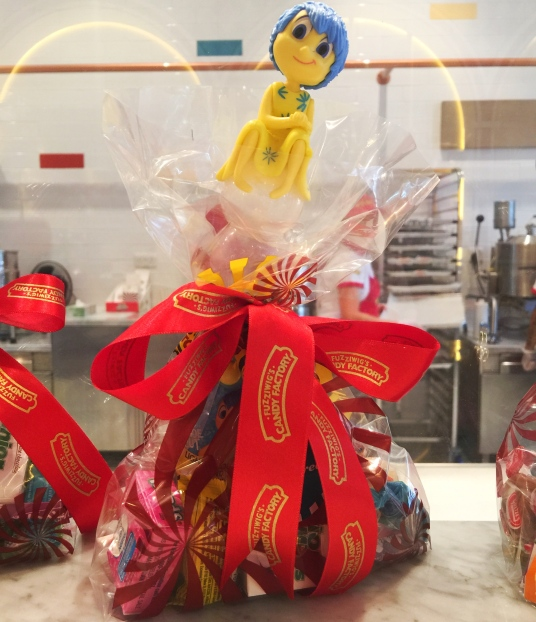 Themed gift hampers
